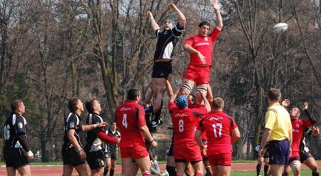 Rugbiştii de la Universitatea Cluj au făcut un meci de excepţie la Suceava