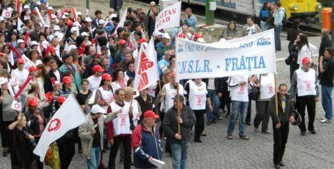 Sindicaliştii au putut să protesteze în oraşul lor doar în luna iunie, de atunci nu au mai obţinut vreo altă autorizaţie