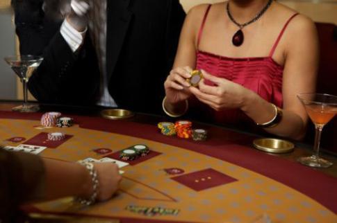 Legislaţia jocurilor de noroc a fost modificată de Fisc