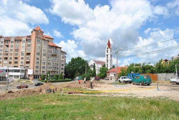 O fantana decorativa si un parc vor fi amenajate pe Bulevardul Dacia