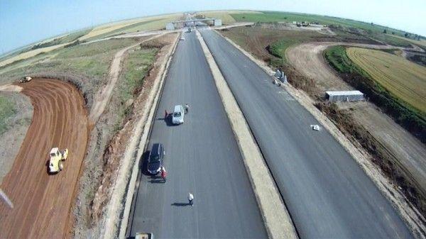 Autostrada nu e pe placul tuturor FOTO: JA