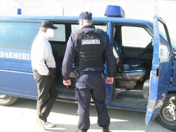 Jandarmii le-au întocmit dosare penale FOTO: JA