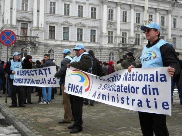 Sindicaliştii, faţă-n faţă cu politicienii FOTO: JA