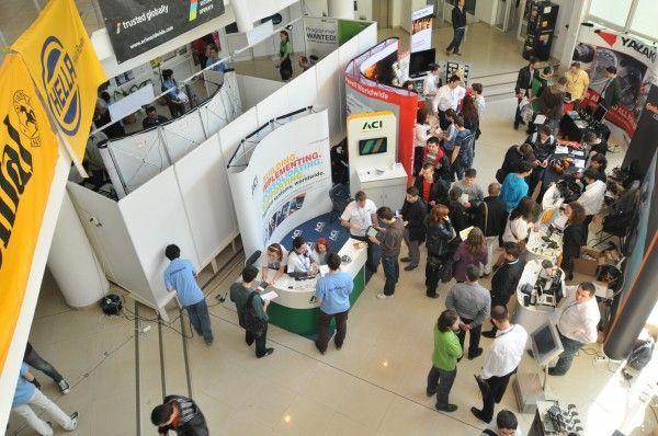 Sute de studenti din Timisoara s-au intalnit cu posibilii angajatori in cadrul JobShop