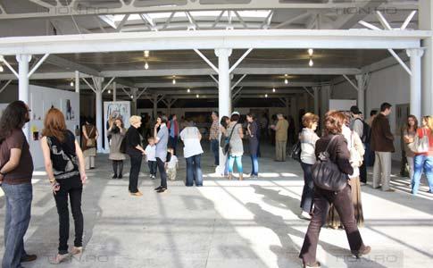 Hala de arta: expozitia absolventilor, la Timisoara