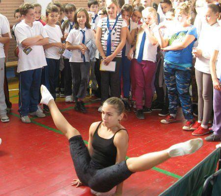 4 gimnastica-aerobica
