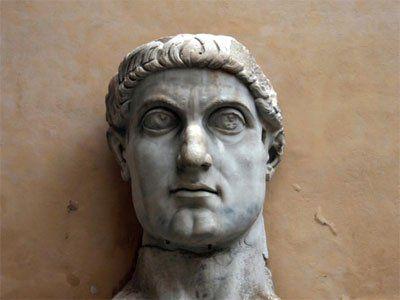 Statuie a lui Constantin I
