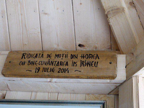 Locuitorii din Horea au construit pentru omagierea victimelor accidentului aviatic.