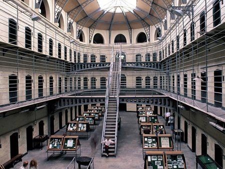Irland: Dublin - Halle in Kilmainham aoal