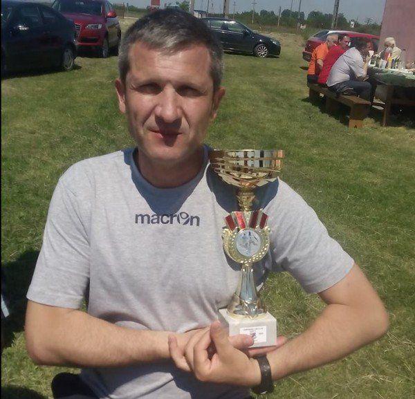 Cristi Lupuţ cu primul trofeu ca antrenor