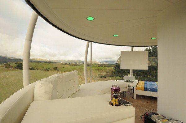 solar-powered-tree-house