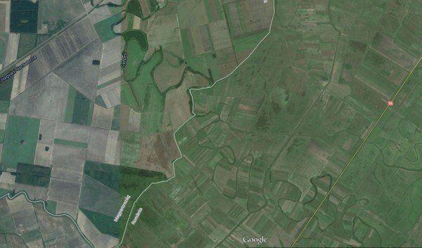 Canalul colector Ghepeş trece pe la nord de localitatea Avram Iancu şi intră în Ungaria sursa: Google Maps